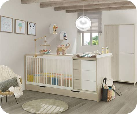 chambre bebe lit evolutif lit bébé combiné évolutif lili bois et blanc avec matelas bébé