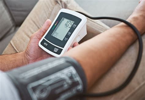 Buying a Home Blood Pressure Monitor? 6 Things You Need to