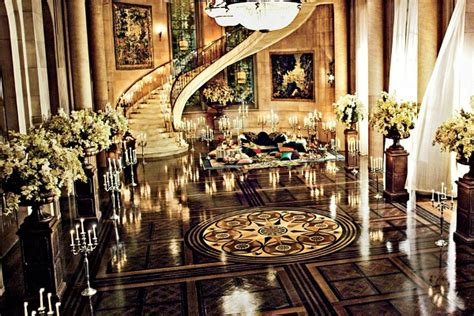 """The Sets From Baz Luhrmann's """"great Gatsby"""" Including Nick"""