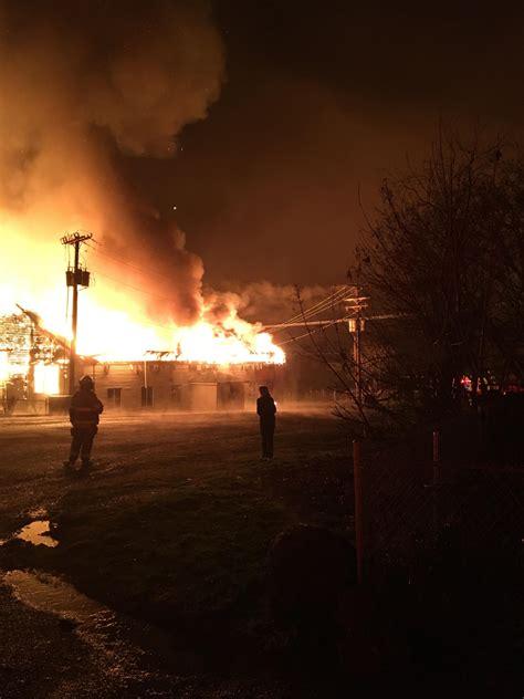 fire destroys gym cafeteria  roseburg area school kmtr