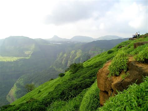 9 Best Places To Visit In Maharashtra  Forts, Beaches