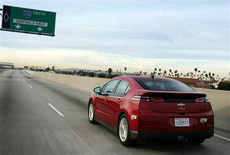 2014 chevy volt electric range gm cuts chevy volt price by 5 000 fleets and fuels