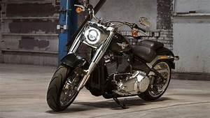Harley Fat Boy : harley davidson fat boy 2018 price mileage reviews specification gallery overdrive ~ Medecine-chirurgie-esthetiques.com Avis de Voitures