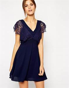 image 1 of elise ryan lace skater dress with scallop With robe décolleté devant