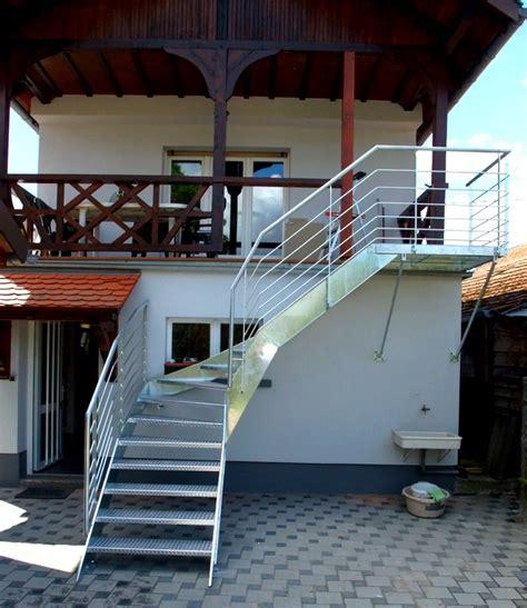 escalier galvanis 233 avec marches en t 244 le 224 larmes metal concept escalier ferronnerie d