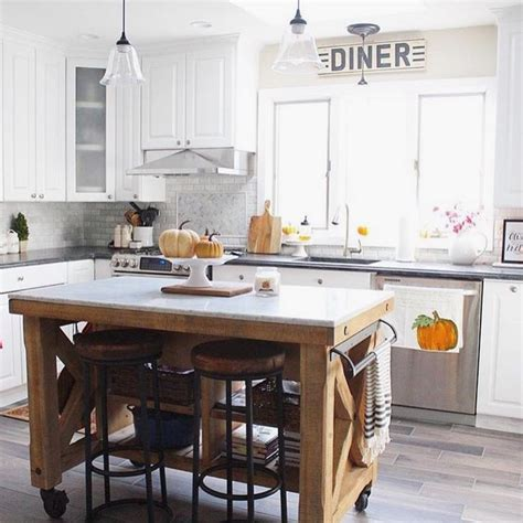cottage kitchen island 28 images 58 best fox hollow friday favs on instagram