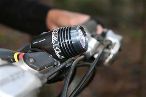 mountain bike lights light motion stella 120 review singletracks mountain