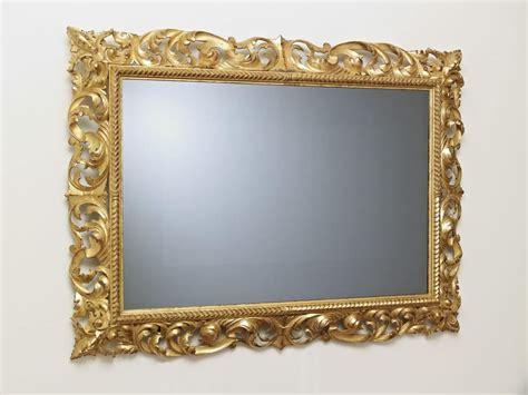 cornici per tv cornice intagliata classica per salotti di lusso idfdesign