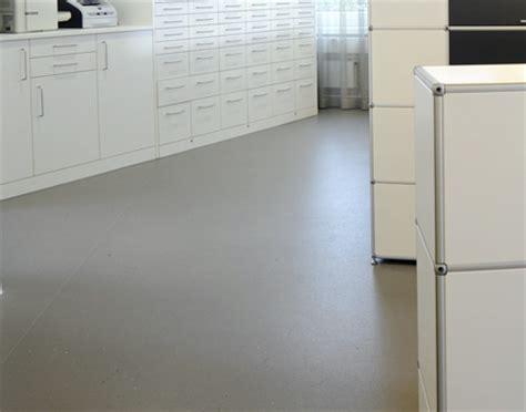 Pvc Boden In Mietwohnung Beschädigt by Bodenbel 228 Ge Kunststoff Elektroinstallation Trockenbau