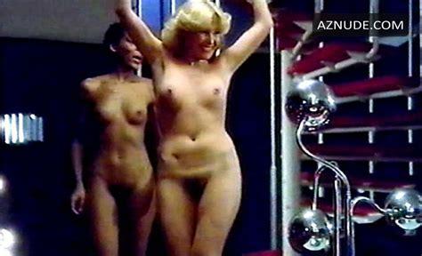 Los Bingueros Nude Scenes Aznude