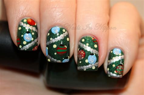 nails in nippon day 12 christmas tree nails