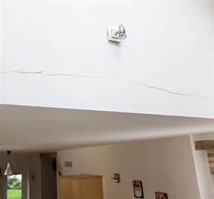 Reboucher Grosse Fissure Mur Exterieur : reboucher une grande fissure dans un mur diy family ~ Louise-bijoux.com Idées de Décoration