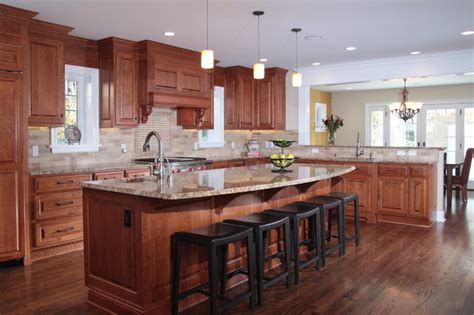 custom kitchen designs pictures whole house remodel traditional kitchen milwaukee 6384