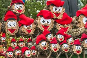 Weihnachtsfiguren Aus Holz : 16 ideen weihnachtsdeko f r ihren garten teil 6 ~ Eleganceandgraceweddings.com Haus und Dekorationen