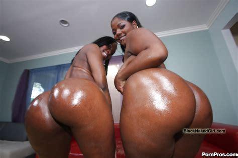 fatty ebony moms tony and stacy strip nude and pose on photo 12