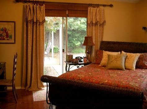 Duvet Vs Comforter Vs Coverlet by Comforters Vs Coverlets Vs Duvet Covers Help