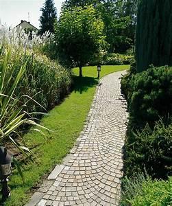 Naturstein Im Garten : naturstein pflaster pflastermuster bogenpflaster im garten ~ A.2002-acura-tl-radio.info Haus und Dekorationen