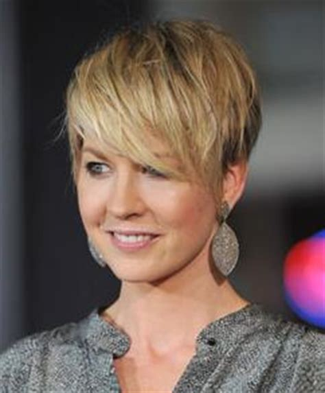 Hairstyles for Thinning Hair Hair Styles For Thin Hair