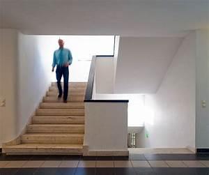 Gestaltung Treppenhaus Bilder : architektur ~ Lizthompson.info Haus und Dekorationen
