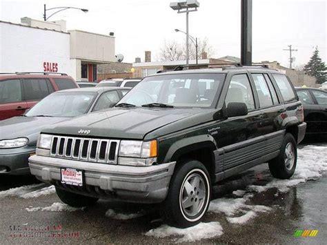 tan jeep grand cherokee 1995 jeep grand cherokee laredo 4x4 in moss green pearl