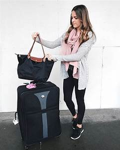 15 Comfy Winter Airport Outfits For Girls - Styleoholic