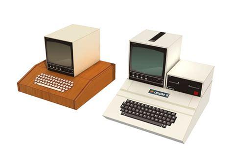 Apple I & Ii Computer Papercraft