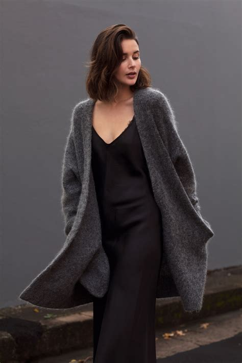 Image Fab The Most Of Your Wardrobe In Between Seasons