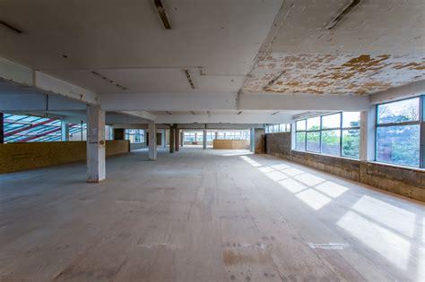 unit  friars square shopping centre tb contractors