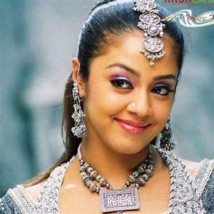 bollywood hot actress name: Hindi Actress Names List