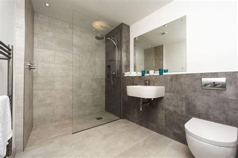The Defining Characteristics Of Modern Walkin Showers