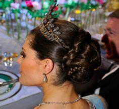 images  royal hair  pinterest crown