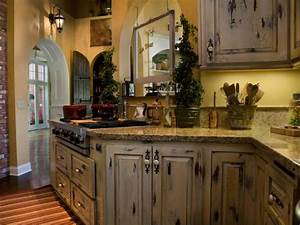 Distressed Kitchen Cabinets: Pictures, Options, Tips