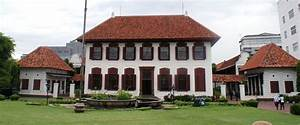 File:National Archives of Indonesia Building (Gedung Arsip ...