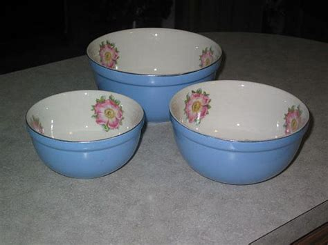 halls parade small mixing bowl 17 best images about canister sets on country