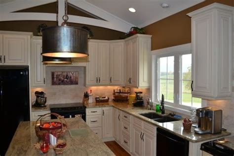 Countertops  Kitchen Cabinets  Kitchen Remodeling