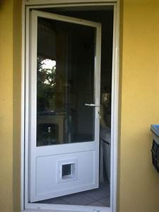 Modification de porte fenetre pvc jaumes vitrier for Porte fenetre pvc avec chatiere