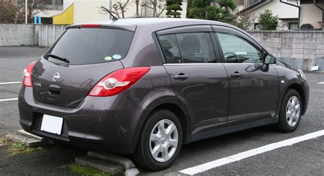 File:NISSAN TIIDA rear.jpg - Wikimedia Commons