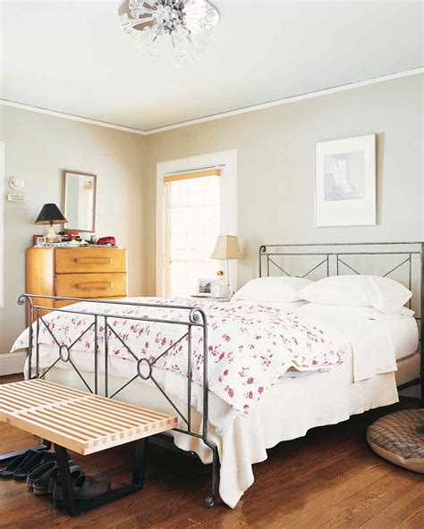 Bedroom Makeover On A Budget by Bright Ideas For A Budget Friendly Master Bedroom Makeover