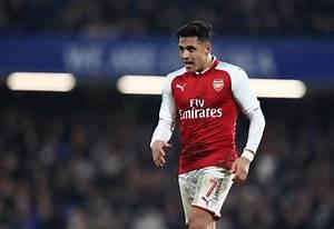 Gary Neville urges Alexis Sanchez to choose Manchester ...