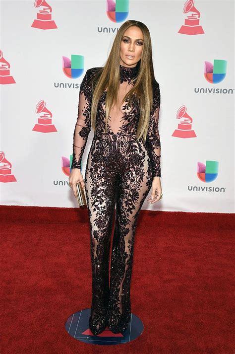 Nekādu šaubu, Dženifera Lopes joprojām izskatās satriecoši! #Fashion #celebrity #redcarpet # ...