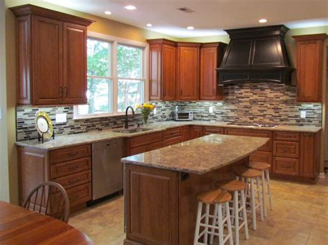 what is the best wood for kitchen cabinets 25 best kitchens and islands images on 9938