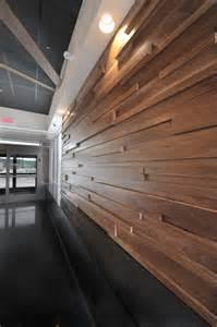 les concepteurs artistiques revetement mur interieur bois