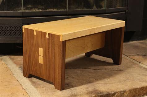 walnut  maple stool   blind dovetails