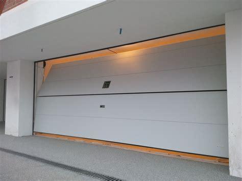 Portoni Garage Sezionali by Basculanti Sezionali Portoni E Serrande Nuova Ocim Srl