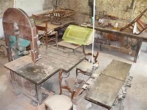 Antiquite et meubles anciens atelier de restauration for Atelier de restauration de meubles