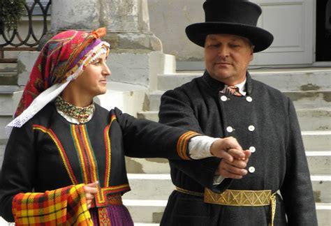 Kurzemes tautas tērpu informācijas centrs aicina iepazīt ...