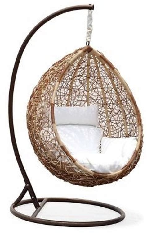 outdoor hanging chairs 33 awesome outdoor hanging chairs digsdigs
