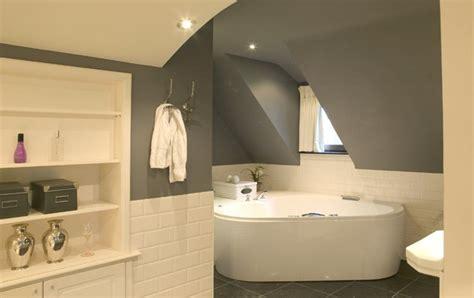 peinture carrelage salle de bain deco