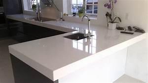 Plan De Travail Pour Bar : cuisine plan de travail de cuisine moderne clair en quartz ~ Dailycaller-alerts.com Idées de Décoration