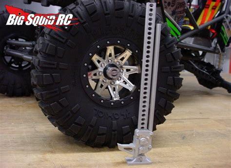 ratcheting metal  lift jack  rogue element